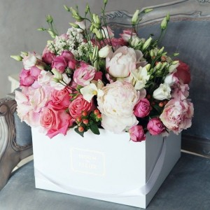 Create meme: the bride's bouquet , photography beautiful stylish, flower box