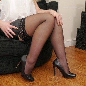 Создать мем: high heels leggy girls stilettogirl.com pictures black, stilettogirl charley, чулки стилетто