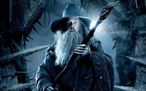 Создать мем: yüzüklerin efendisi, gandalf, the hobbit the desolation of smaug