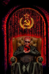 Создать мем: rob halford - the essential, морфеус в кресле, rob halford